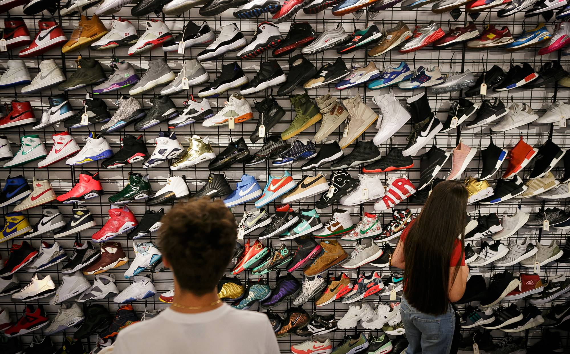 The Italian resellers and the hype market