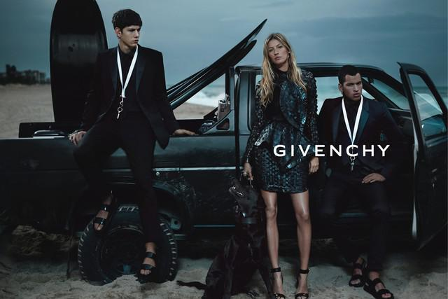 Givenchy's new advertising campaign bring gothic to the Beach