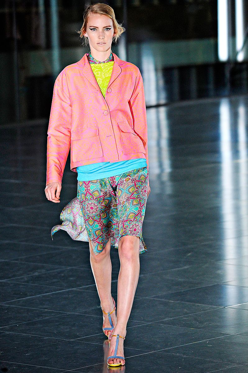 Surfing The Web: Pretty Pastels