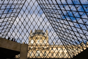The reopening of the Parisian museums after the attacks Cultural and pacific resistance