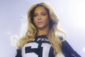 Beyoncé is launching a streetwear brand Along with Topshop owner Philip Green